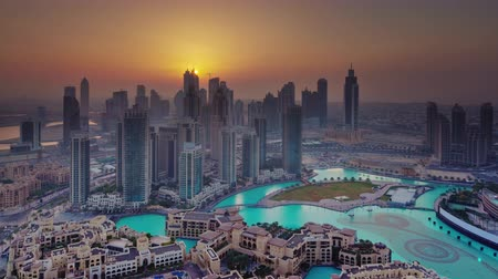 Объединенные Арабские Эмираты : sunset dubai world famous hotel city panorama 4k time lapse uae