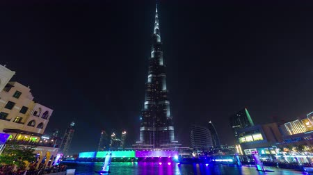 эмираты : famous dubai city night light music fountain panorama 4k time lapse uae Стоковые видеозаписи