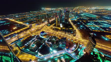 эмираты : night illumination dubai traffic downtown roof top panorama 4k time lapse uae Стоковые видеозаписи