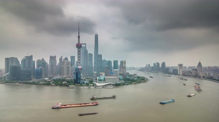 gyöngyszem : shanghai bay cargo ship traffic river roof top panorama 4k time lapse china Stock mozgókép