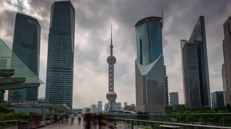 shanghai city day downtown buildings walk panorama 4k time lapse china Стоковые видеозаписи