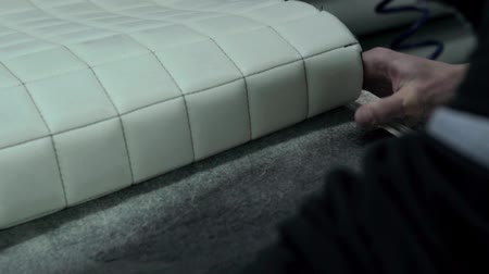 přihrádka : Master produces and handles covers for interiors cars