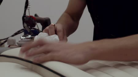 гладильный : Master ironed upholstery for car dealership