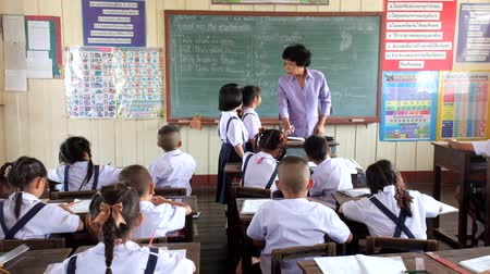 znalost : Children are learning Thailand