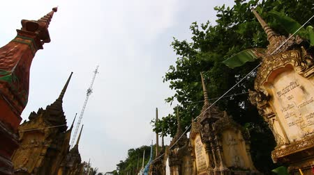 trumna : Cemetery contains the bones, Buddhism in Thailand