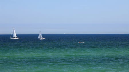 żaglówka : Sailboats on the baltic sea on the german coast by Kuehlungsborn