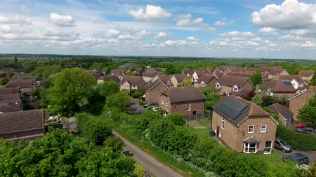 cambridge : British Village of Great Paxton in Cambridgeshire, England on a sunny day Stock Footage