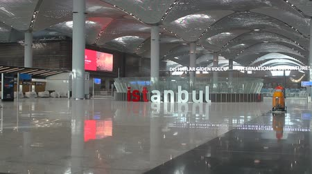 příchod : Istanbul  Turkey - November 13 2018: New Istanbul Airport Terminal. Third Istanbul Airport
