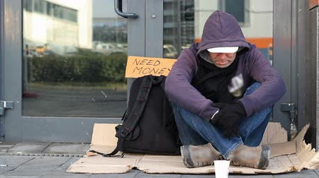 jobless : Homeless beggar man begging
