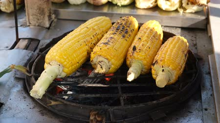 canto : Raw corn grill