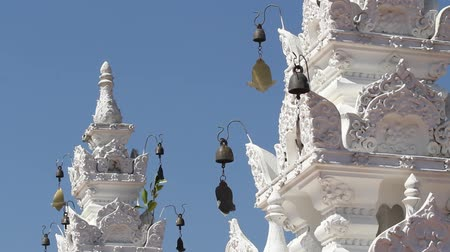saçak : wind chime of Thai traditional temple ,Chiangmai Thailand Stok Video