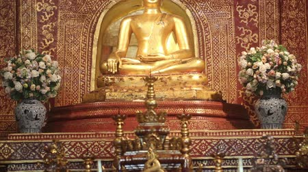 budist : The Phra Buddha Sihing or Phra Singh is the most important buddha statues in northern region Wat Phra Singh temple Chiangmai Thailand.