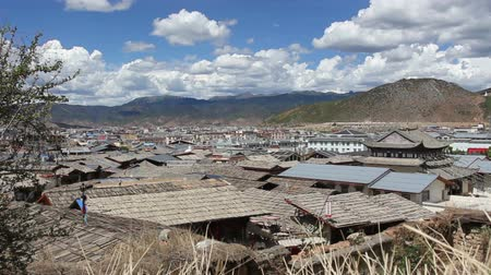 shangri la : The old town of shangri-la alias zhongdian take from golden temple ,Yunnan province China. Stock Footage