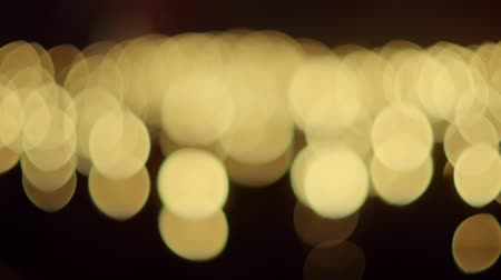 запомнить : Defocused bokeh candlelight in ceremony