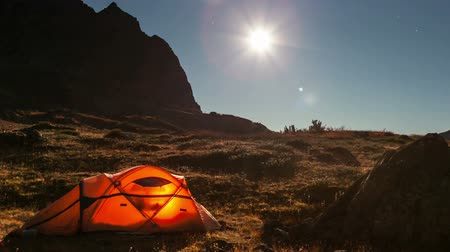 namiot : Moving moon above tent at night time lapse