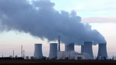 veneno : Nuclear power plant - time lapse Stock Footage