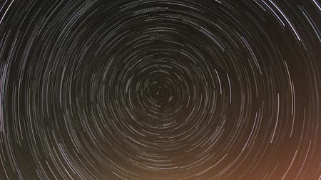 hipnoza : Cumulative time lapse of star trails.