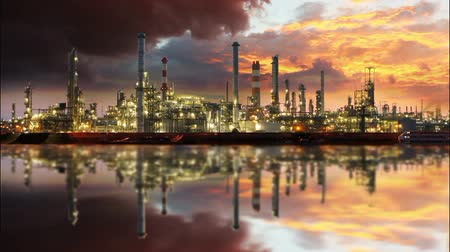 rafineria : Refinery - Petrochemical plant Wideo