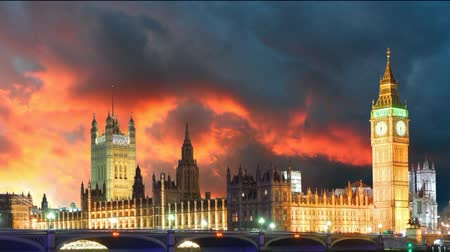 egyesült : Houses of parliament - Big ben, London, UK, time lapse