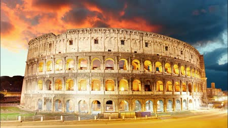 rzym : Colosseum, Rome, Italy - Time lapse