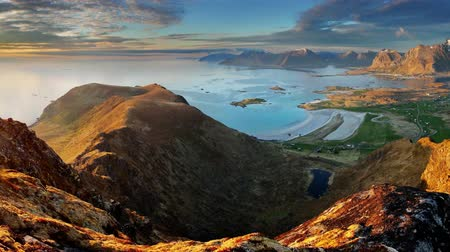 noruega : Norway motion Landscape panorama with ocean and mountain - Lofoten