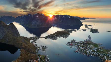 noruega : Mountain coast landscape at sunset, Norway motion Vídeos