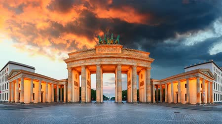 gates : Berlin - Brandenburg Gate, Time lapse
