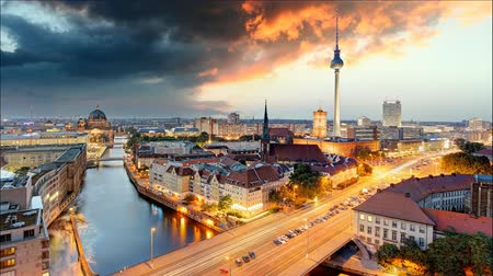 berlin skyline : Berlin panorama - Time lapse at sunset, Germany Stock Footage