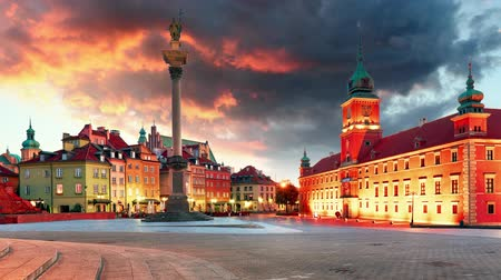 Warsaw, Old town square at sunset, Poland, nobody, Time lapse Стоковые видеозаписи