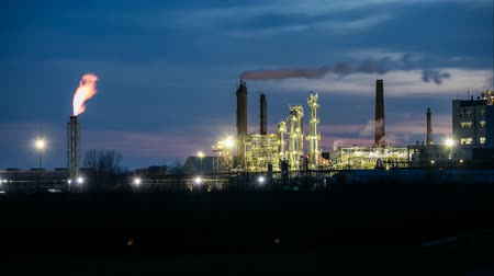 petroleum refinery : Oil refinery at night - Time lapse motion