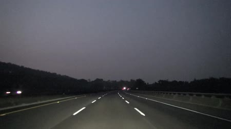 auto estrada : night driving on the highway