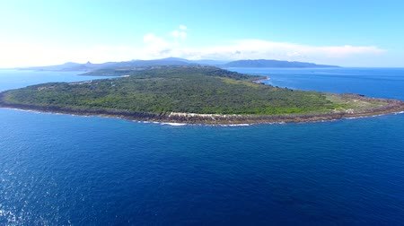 céu azul : Aerial view of kenting national park coastline. Taiwan. Vídeos