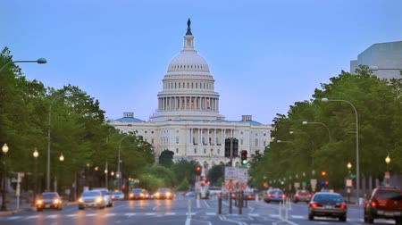 congres : Capitol zonsondergang Pennsylvania Avenue Washington DC de VS congres Stockvideo