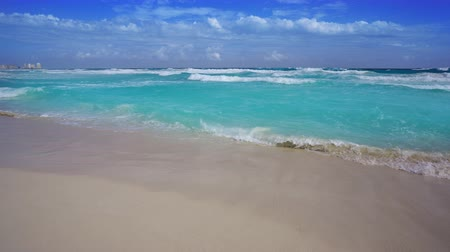 Cancun beach in Caribbean Riviera Maya at Mayan Mexico Stok Video