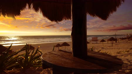 Канкун : Cancun sunrise at Delfines Beach at Hotel Zone of Mexico Mayan Riviera