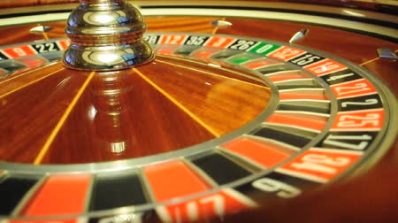 ruleta : rueda de la ruleta de Casino