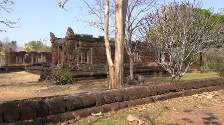 The Khmer temple at Phanom Rung Historical Park. Over a thousand years old and built on an extinct volcano, the temple was originally a Hindu site, but later became Buddhist. Стоковые видеозаписи