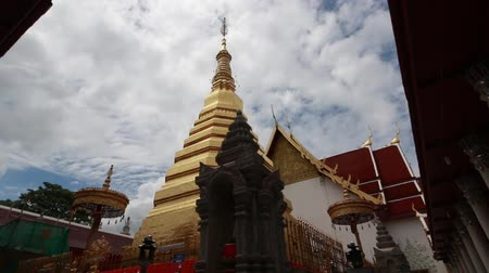 saen : Phra That Cho Hae Temple, Prae province.Thai people prayed the Phra That (pagoda) for good luck. Stock Footage