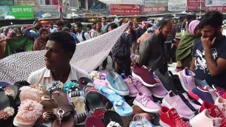 západ : crowded people at street shopping for ramadan in bangladesh