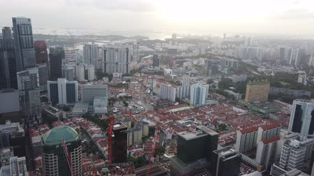 high angle view of singapore financial buildings at morning Vídeos