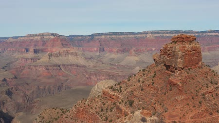 hegytömb : Horizontal Panorama Of The Amazing Biggest Monumental Rocks Of The Grand Canyon Stock mozgókép