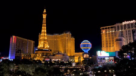 las vegas boulevard : Las Vegas, USA-November 07,2017: Night Neon Lights Las Vegas Paris Hotel Casino