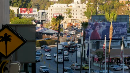 inferior : Los Angeles, USA-November 15,2017: Beverly Hills Boulevard And Hollywood Hill