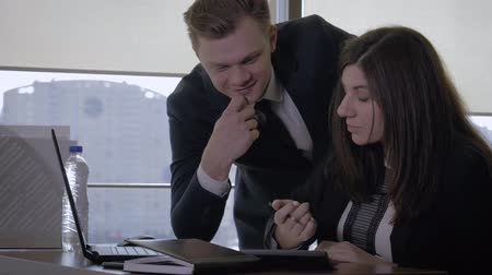 Top Manager And Businesswoman Talking In Office Using Portable Computer Wideo