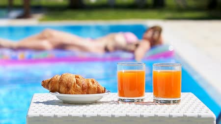 bagietka : Delicious breakfast by the pool
