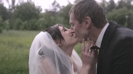 weddings : wedding in the rain Stock Footage