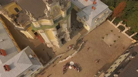 ortodoxia : Aerial view of St. Georges Cathedral on the day of the wedding. Lviv Ukraine.