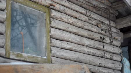 dacha : Old ruined abandoned wooden house Stock Footage