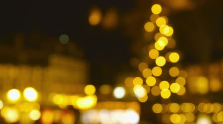 mulled wine : Christmas Market Impressions - Defocused shot of a beautiful Christmas market by night Stock Footage