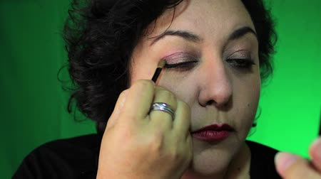 Latina in 40s gilt Augen Make-up